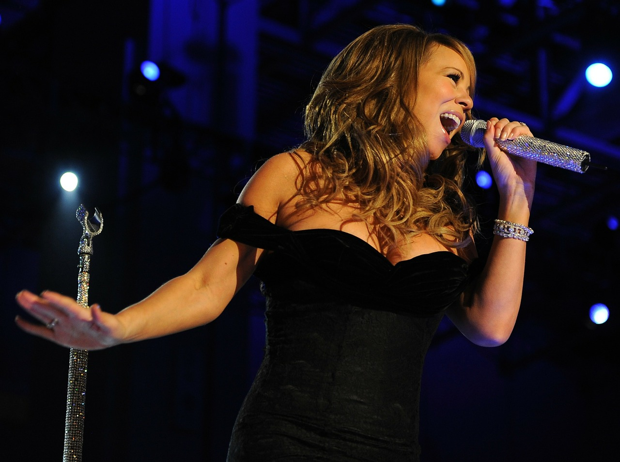 "Avoid ""Mariah New Years Eve Moments"" On Sales Calls With Market Research"